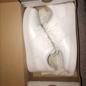 Air Forces 1 size 8